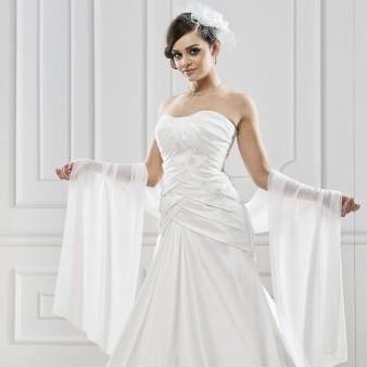 robe de mari e chaussures et accessoires de mariage instant pr cieux. Black Bedroom Furniture Sets. Home Design Ideas
